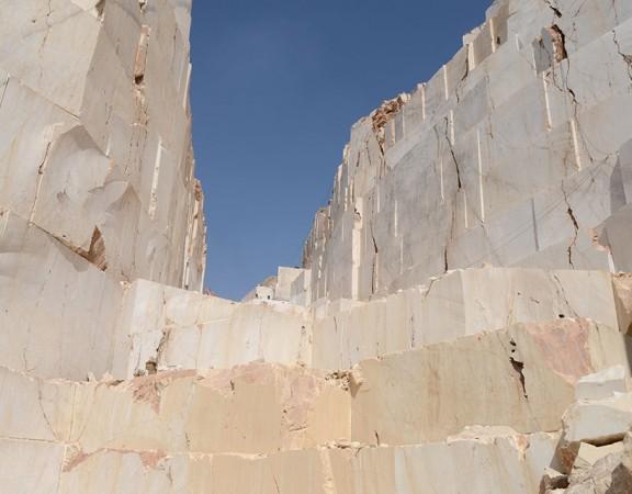 afyon-white-quarry-9